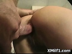 hot-digging-in-hardcore-sexy-milf-pussy-hole