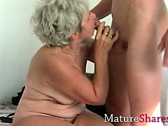 granny-fingering-her-old-wet-snatch