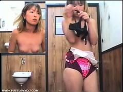 secret-spy-camera-in-the-fitting-room