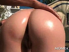 smoking-hot-brunette-gifting-her-neighbor-with-titjob