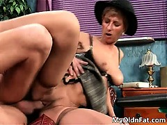 dirty-brunette-old-woman-blowing-tube-part2