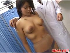 japanese-av-model-naked-and-playing
