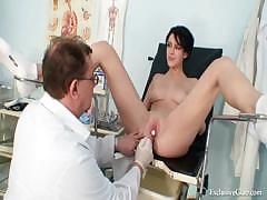 busty-goddess-wicked-gyno-doctor-exam