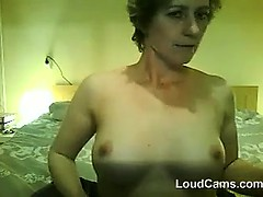 mature-woman-does-a-striptease