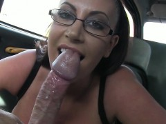 massive-boobs-amateur-customer-fucked-by-fraud-driver