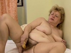 dirty-old-slut-goes-crazy-masturbating-part4