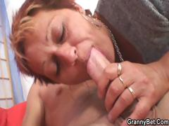 Hunk fucks neighbour granny