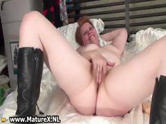 horny-mature-woman-gets-her-pussy-part1