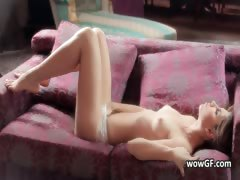 sexy-coed-babe-with-a-perfect-body-part1