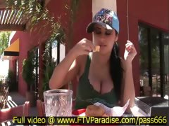 alexa-loren-superb-brunette-babe-at-a-restaurant-outside-eating